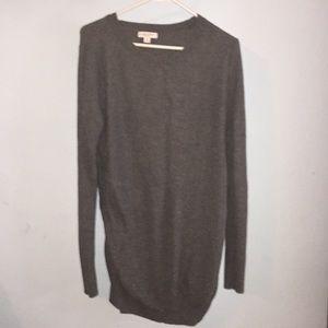Liz Lange maternity gray sweater tunic